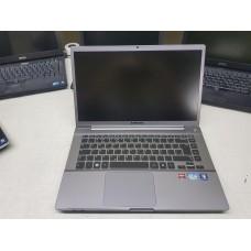 Ultrabook Samsung NP700Z4AH I5 8Gb Vídeo Dedicado 1Tb Teclado Iluminado