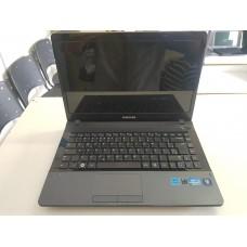 Notebook Samsung 300E Core I3, 4Gb, HD 320Gb