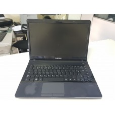 Notebook Samsung NP300 Core I3, 4Gb, HD 500Gb